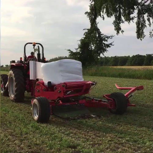 Buy online KUHN Wrapper SW 1614Agricultural machinery for baling and wrapper